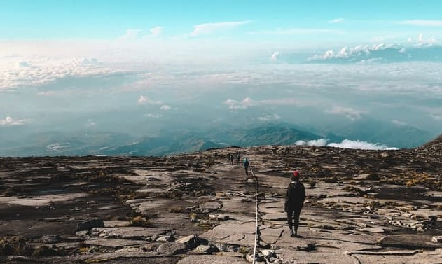キナバル山 景色